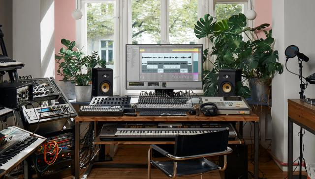The best music production software for beginners